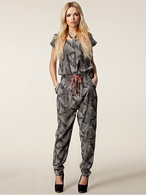 Jumpsuit in de lente